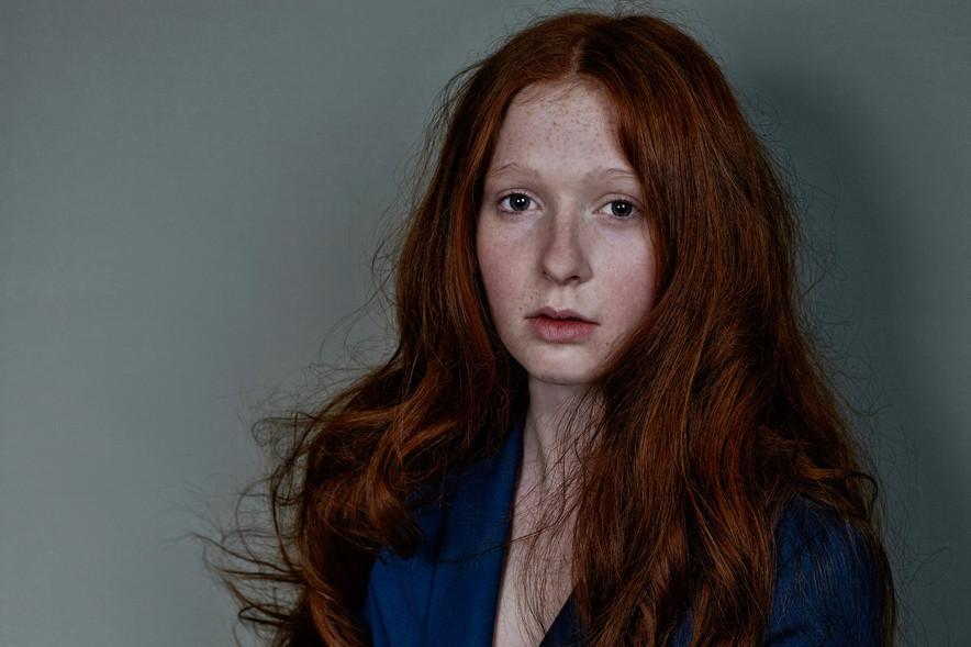 red girl 06.jpg