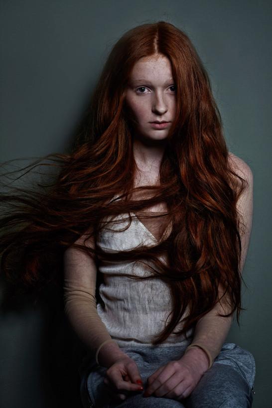 red girl 05.jpg