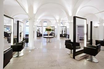 Thomas Kemper Salon