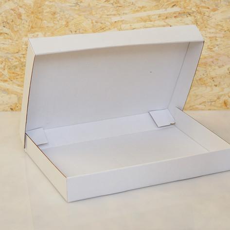 small hoodie box