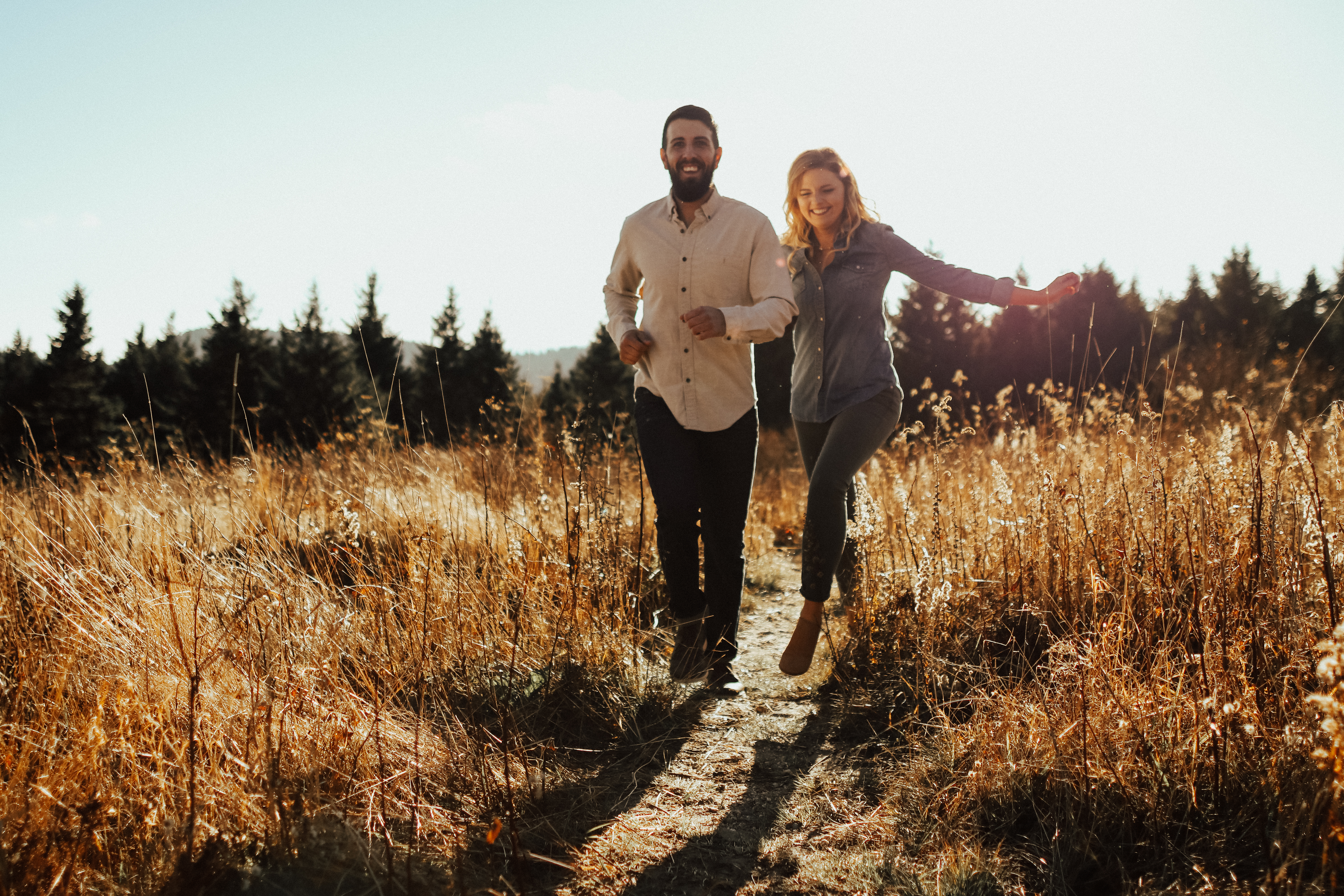 couples adventure session engagement