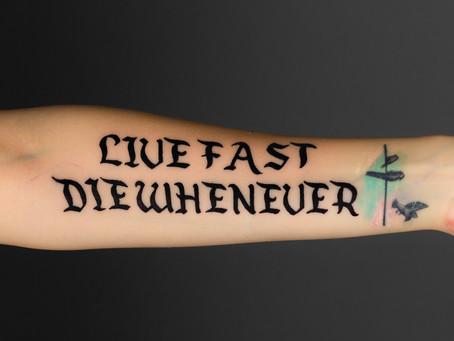 Tetování s nápisem / Inscription tattoo
