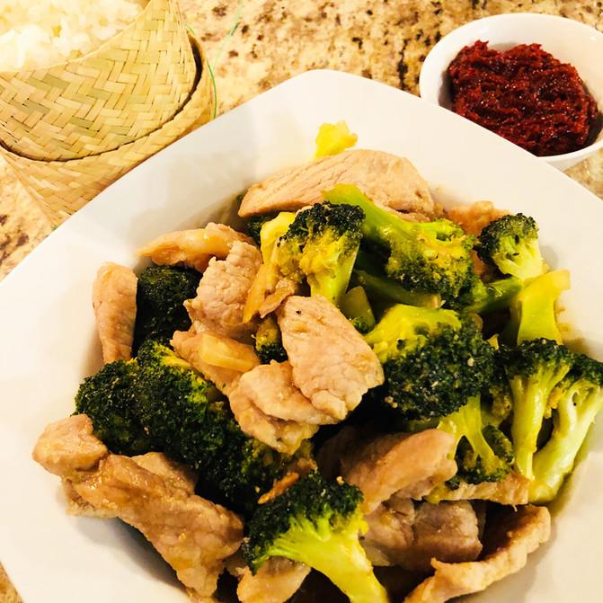 Stir Fry Pork with Broccoli