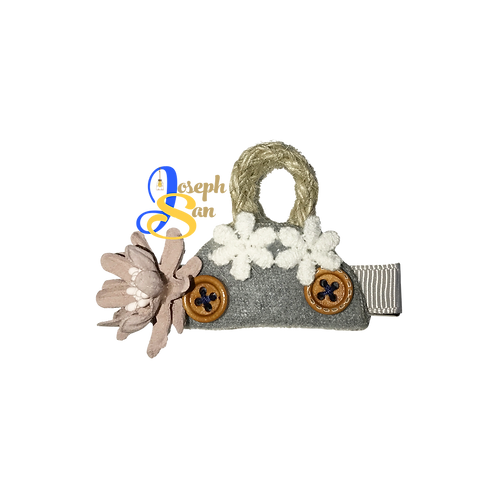 Yarn Handle & Shell Flower Hairgrip