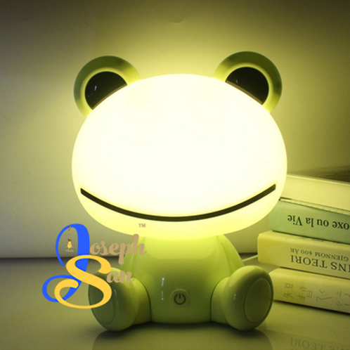 Froggie Friend Table Lamp