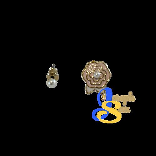 Darling Flower & Pearl Ear Studs