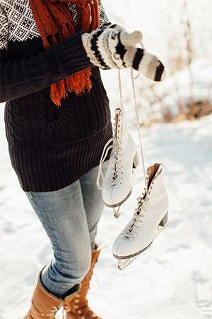 about-ice-rink-tarps-female.jpg