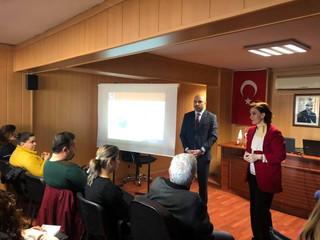 E-Dönüşüm seminerini İSMMM Odası Eğitim Müdürü Sayın İnci Şalcı sunumu ve yoğun bir katılım ile gerç