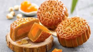 The reason we eat mooncakes during the Mid-Autumn Festival originates in a folk tale about undying l