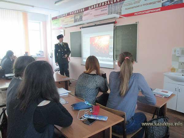 Рассказ об обороне Албазинской крепости в 11 Б классе