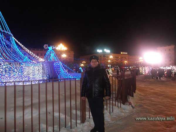 Патрулирование у центрального фонтана Хабаровска