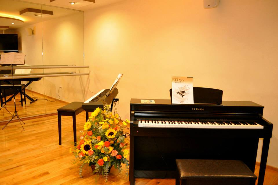 fb-piano.jpg