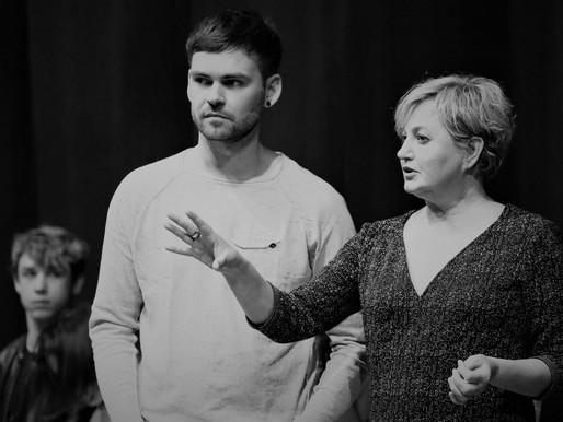 REPORTAGE: Workshop Vera Mann Blood Brothers cast