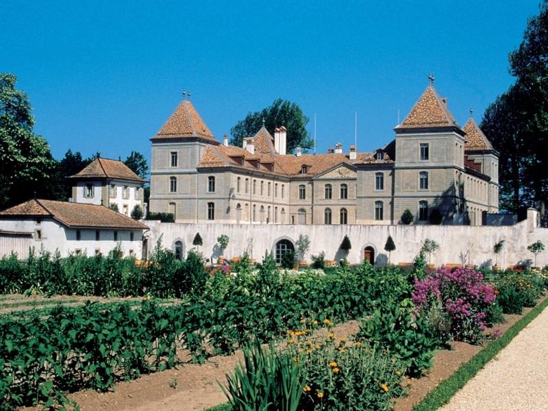366658_chateau_prangins.jpg