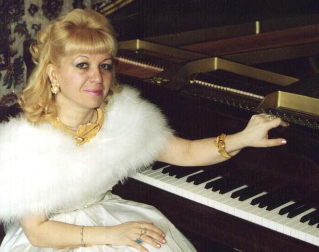 Занятия для детей и взрослыхс лауреатом международных конкурсов Адилией Алиевой