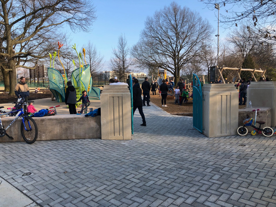 Entrance to Simpson Park Playground