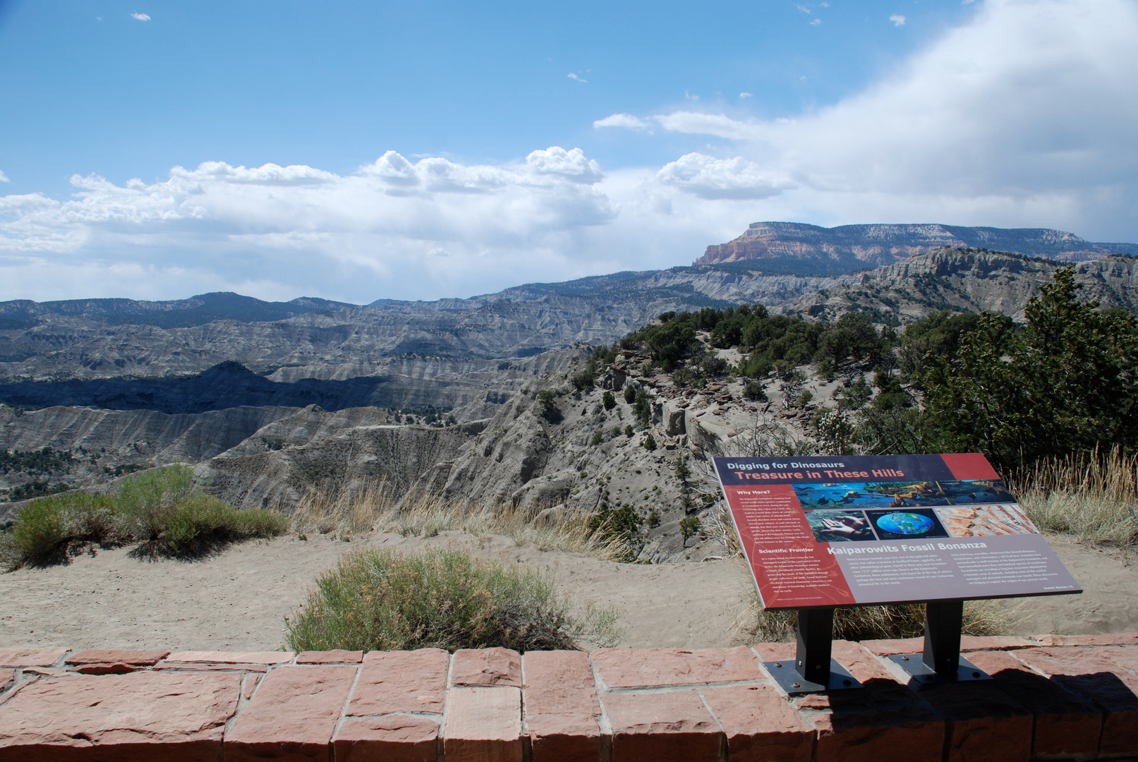 Dinosaur fossils wayside along Scenic Byway 12