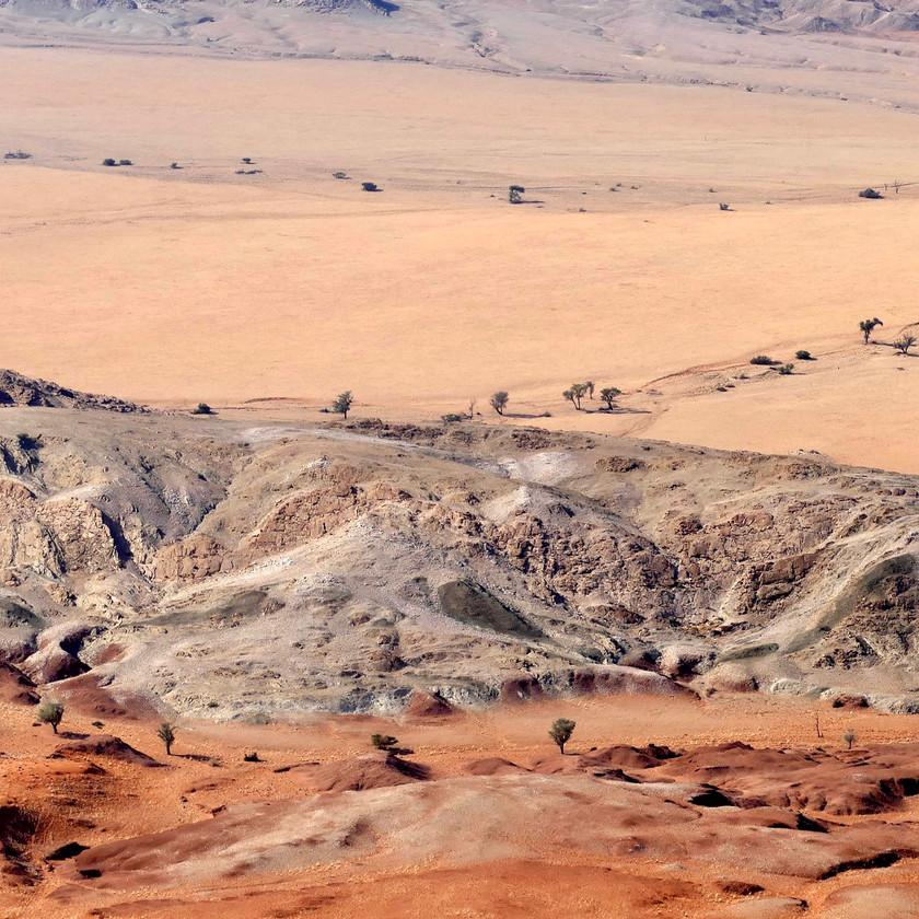 Desert shapes - Namibia safari