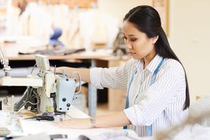 custom-manufacturing-clothing-small-quantity.jpg