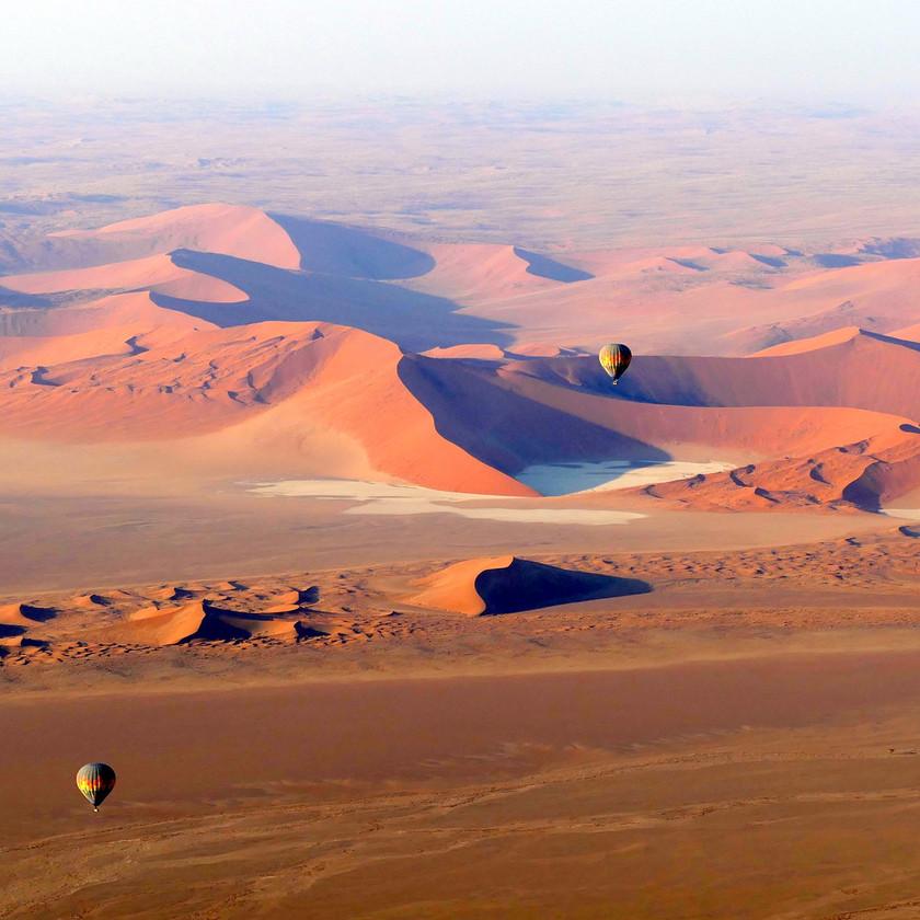 Sossusvlei balloon - Namibia