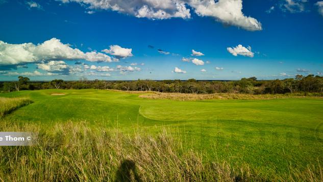 Euphoria_Golf_Estate_2nd Par 4 a.jpg