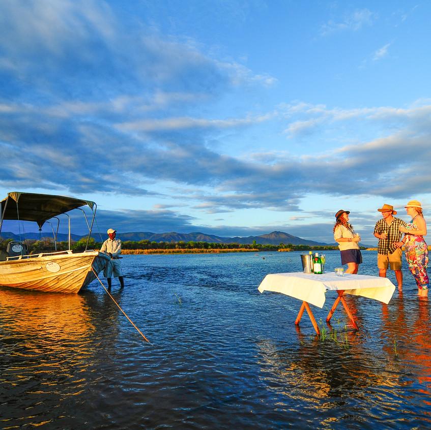 sundowners_in_the_water