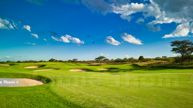 Euphoria_Golf_Estate_3rd Par 5 b.jpg