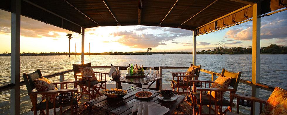 Siwandu s pontoon boat.jpg