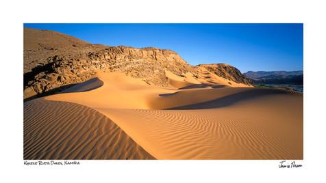 Kunene River Dunes.jpg