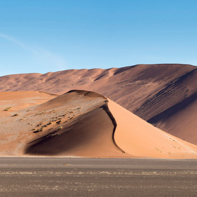 Namibia's dunes: understanding the myriad of shapes and colours!