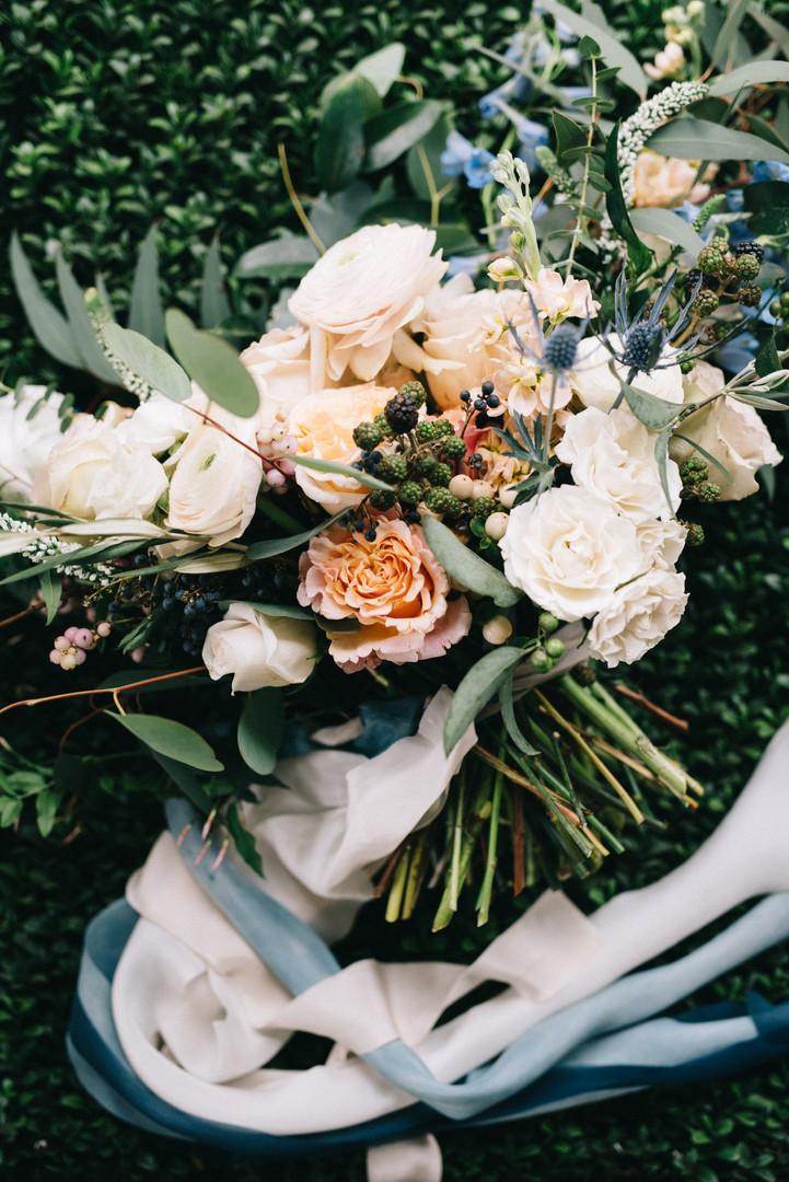Garden-Rose-Bouquet-Luxe-Ribbon