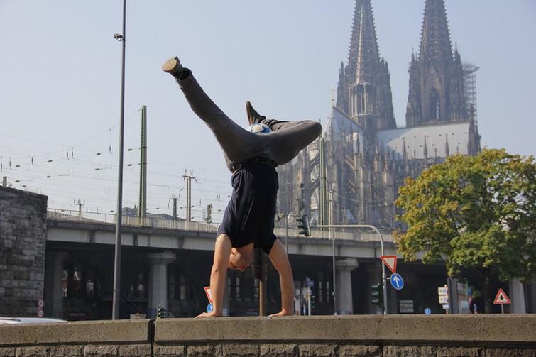 in Köln vor dem Dom