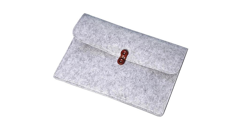 實木鈕扣 毛氊文件袋 /公事包