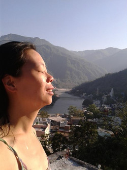 full of gratitude for the lineages of Awakened Ones,_living in the Heart -feeling so blessed