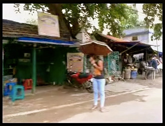 screenshot from a homemade video of the streets of Howrah, West Bengal