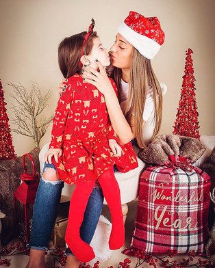 Mother and daughter ❤️#christmastime #ph