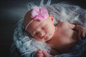 Perfect baby girl Hope. 🌸💜 @princesskn