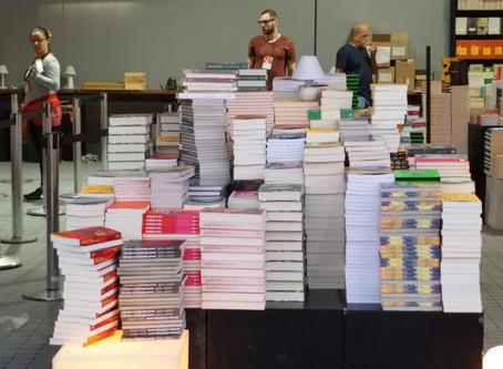 El pensamiento anticolonial avanza y rellena páginas de libros