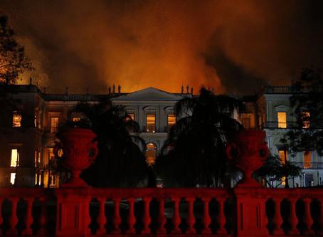 Catástrofe del Museo Nacional como alegoría de la República brasileña en llamas