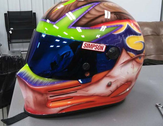 Helmets_05.jpg