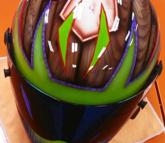 Helmets_04.jpg