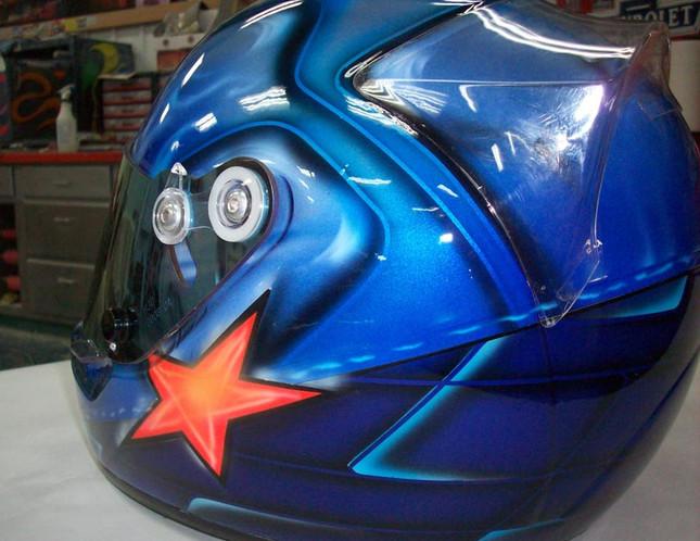 Helmets_37.jpg