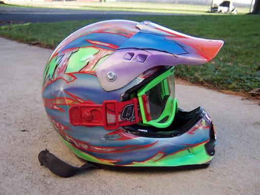 Helmets_21.jpg