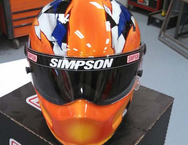Helmets_03.jpg