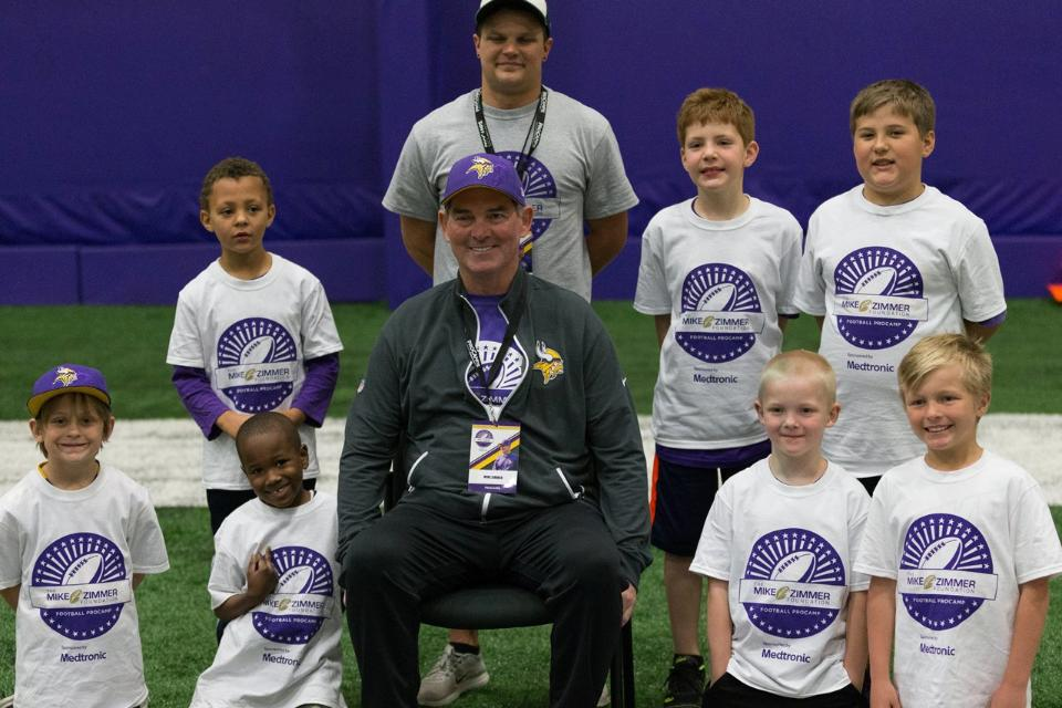 temp2017_0520_CR_Foundation_ProCamp_0031--nfl_mezz_1280_1024