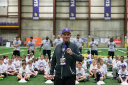temp2017_0520_CR_Foundation_ProCamp_0021--nfl_mezz_1280_1024