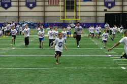 temp2017_0520_CR_Foundation_ProCamp_0030--nfl_mezz_1280_1024