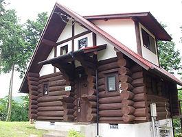 loghouse3.jpg