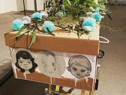Daisybox_corrugated_cardboard_casket_diy_decorate