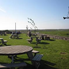 Dun Cow pub garden